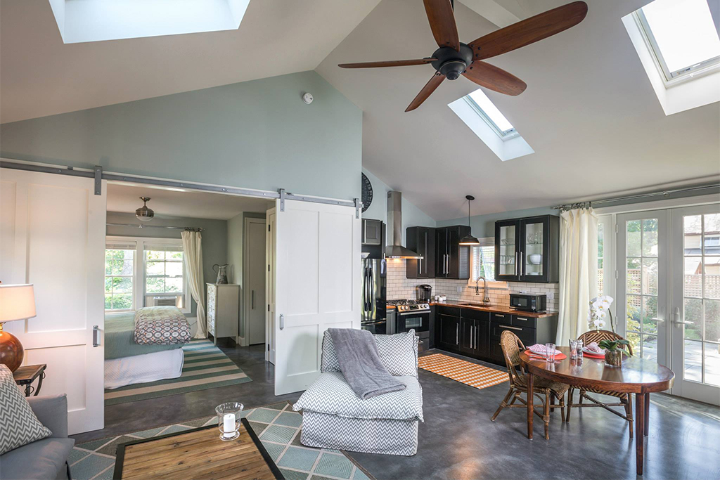 Luxe Cottage for rent in Manchester Vermont