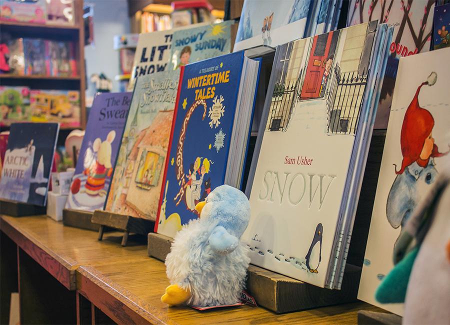 northshire-bookstore-winter-kids