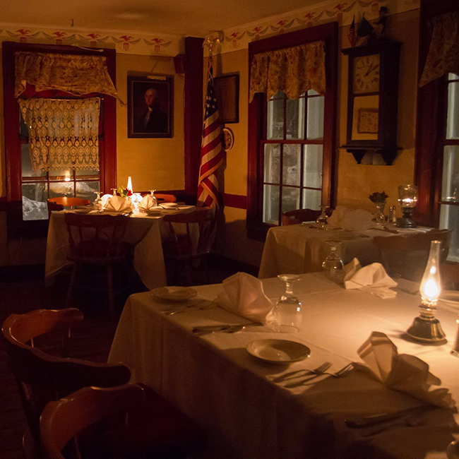 ye olde tavern dinner